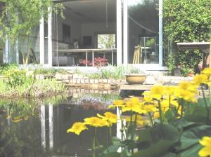 atelier vanuit de tuin